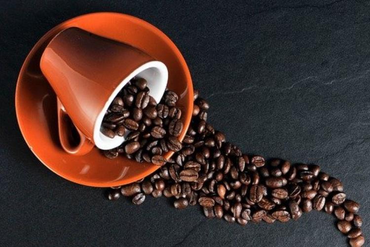 un-elevado-consumo-de-cafeina-puede-estar-asociado-con-un-mayor-riesgo-de-glaucoma